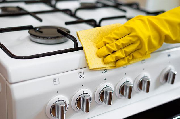 ¿Cómo limpiar una estufa de gas en casa?
